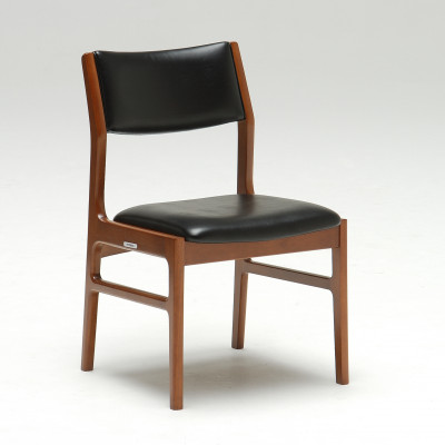 C36105BWDining chair_standard black