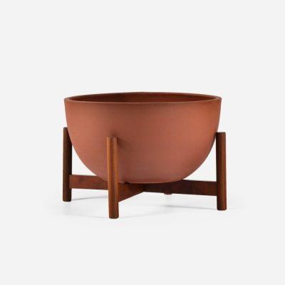 modernica-smallbowl-sandstone-woodstand-45